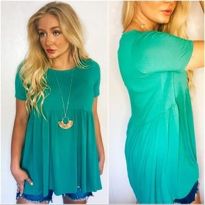 BURSTING WITH BOLD BABY-DOLL TUNIC-KELLY GREEN